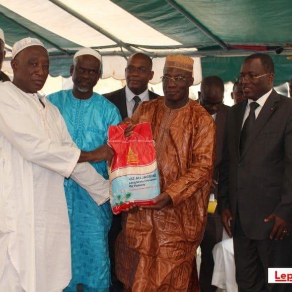 Mois du jeûne musulman 2016/ La CADO offre 2 tonnes de riz et des pâtes alimentaires à des musulmans à Attécoubé (Abidjan)